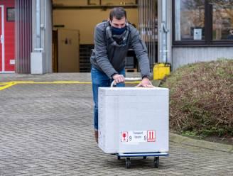 """Burgemeesters voorstander om meerdere vaccinatiecentra in te richten in Waasland: """"Zo lokaal mogelijk aanpakken"""""""