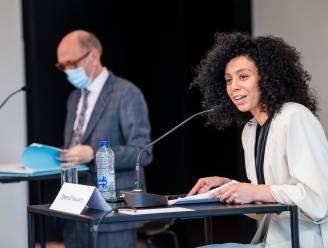 Stad Antwerpen laat beslag leggen op miljoenen van Sihame El Kaouakibi na meldingen dat ze haar vastgoed probeerde te verkopen