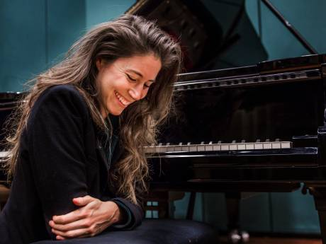 Pianiste Iris Hond schrijft muzikale brieven voor het theater