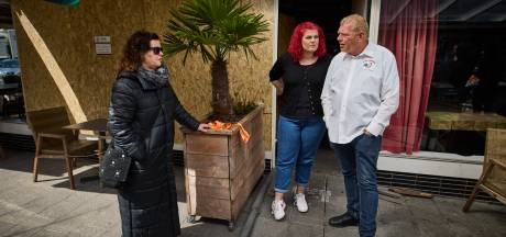 Burgemeester sluit bekend Feyenoord-café na explosie, kroegbaas verbijsterd