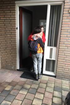 Levi bereikt oma na 7 dagen wandelen: 'Ik moest bijna huilen toen ik haar zag'