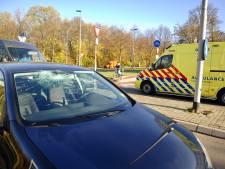 Scholier raakt gewond bij aanrijding met auto bij rotonde Oude Zevenaarseweg