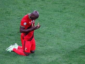 """Buitenlandse pers heeft het vooral over één Duivel: """"Lukaku draagt de aanval op zichzelf, België boekt succes op zijn ritme"""""""