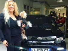 Sillonner la France en voiture sans permis, le nouveau défi fou de Loana