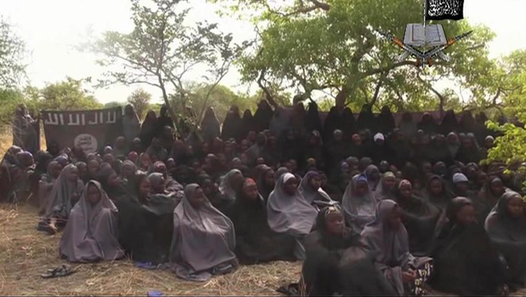 Op 12 mei 2014 verspreide Boko Haram een video waarop de ontvoerde schoolmeisjes te zien waren.