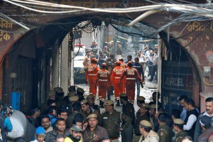Minstens 43 doden door brand in fabriek New Delhi