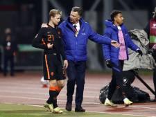 Louis van Gaal neemt het op voor bekritiseerde Frenkie de Jong: 'De geschiedenis herhaalt zich'