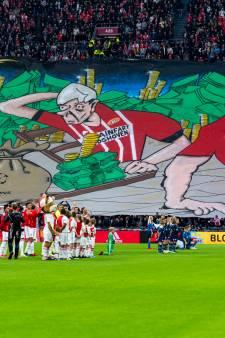 Supportersvereniging PSV ontstemd over spandoek met 'Aidshoven', Ajax biedt excuses aan
