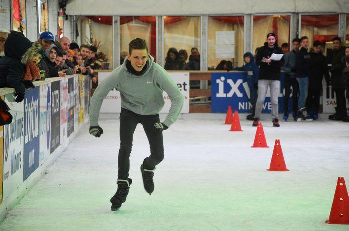 De schaatspiste op het Niniaplein tijdens de vorige editie van 'Ninove On Ice'.