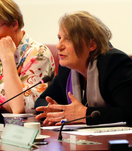 Scheurs wint strijd met D66-bestuur