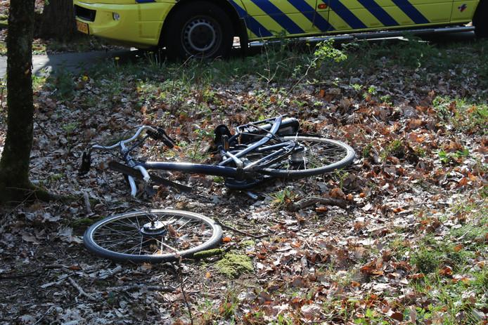 Het frame van de e-bike liep forse schade op bij de botsing.