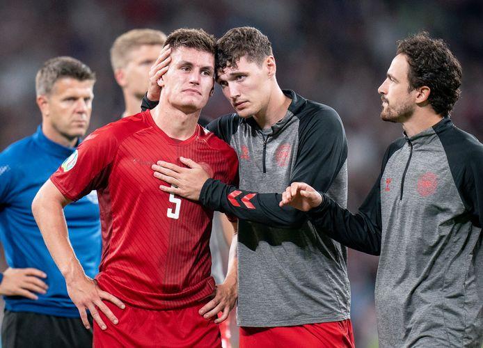 Joakim Mæhle in tranen na de uitschakeling van de Denen.