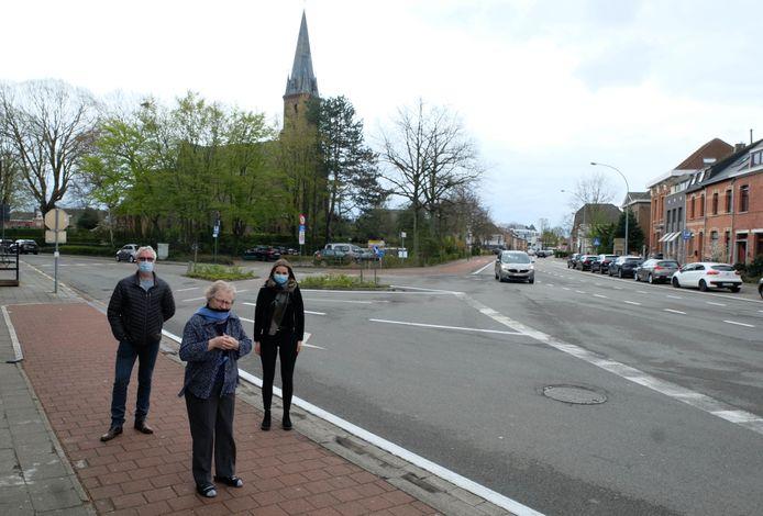 Enkele bewoners van de kerkomgeving zijn met een petitie tegen een rotonde gestart.