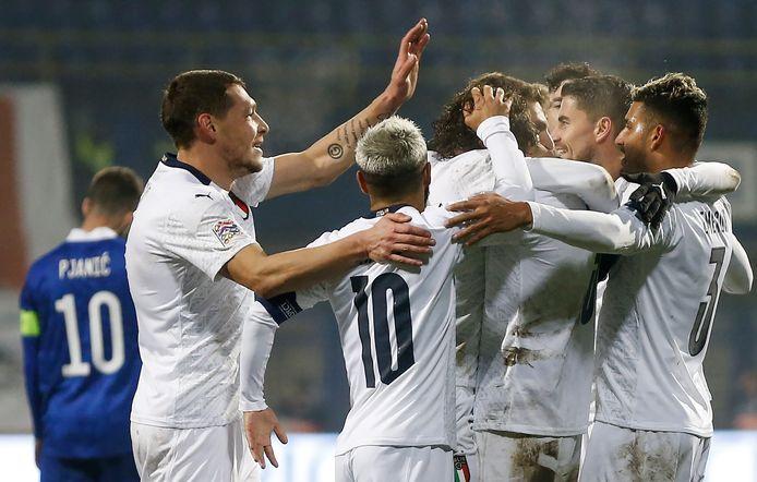 Zonder nederlaag wint Italië de groep.