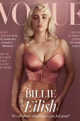 """Billie Eilish maakt bocht van 180 graden, en daar zijn niet alle fans blij mee: """"Al je principes overboord gegooid om erbij te horen"""""""