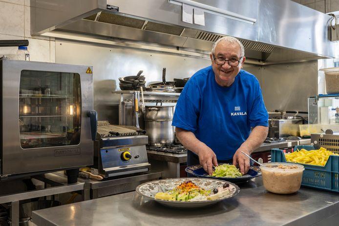 Chary heeft de Griekse chef Kleanthis Sappidis in huis gehaald om het restaurant te versterken.