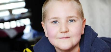 Zieke Rico-Jay (8) en moeder overdonderd na gift Jan de Hoop