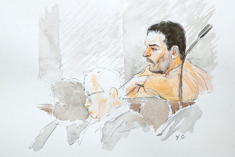 Mehdi Nemmouche verscheen gisteren in fluo geel-oranje voor de rechter.