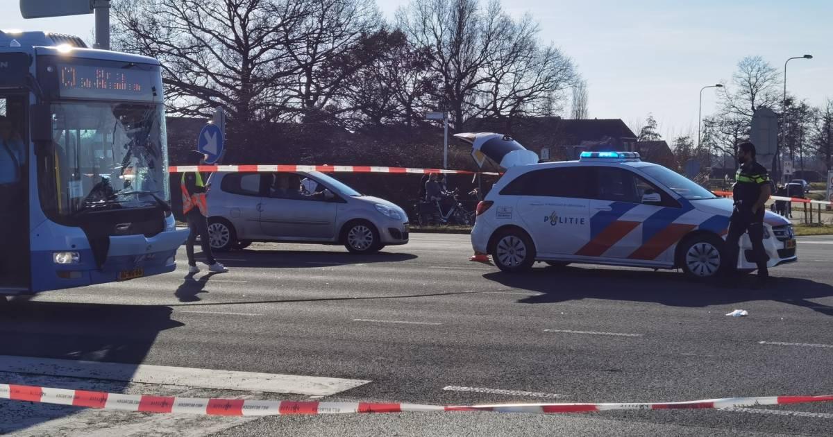 Fietser gewond bij aanrijding met lijnbus in Wageningen.