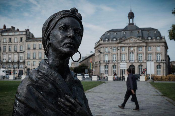 Het standbeeld van de Afrikaanse slaaf Modeste Testas in Bordeaux.