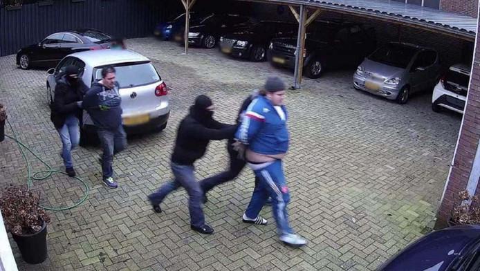 Bewakingsbeelden van de ontvoering