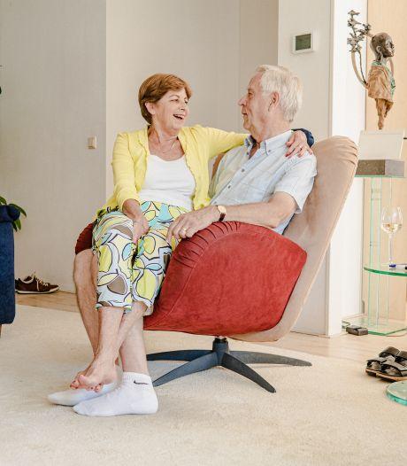 Het geheim voor een huwelijk van 52 jaar? Cees (72) en Rinske (73) zeggen élke dag dat ze van elkaar houden