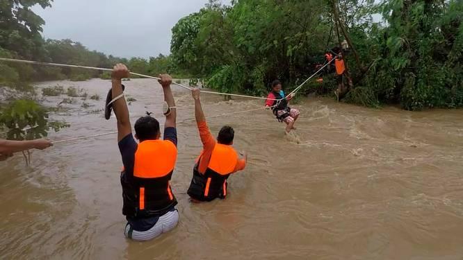 Une tempête tropicale fait 30 morts et 13 disparus aux Philippines