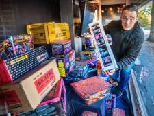 Vuurwerkhandelaren vrezen totaalverbod: 'Je pakt traditie af, dan ontploft Den Haag tijdens jaarwisseling'