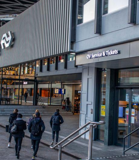 OV Servicebalie Tilburg sluit de deuren: 'hoe moet ik dan om assistentie bij de trein vragen?'