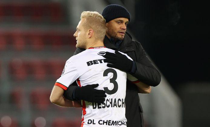Un partage qui doit faire plaisir à Olivier Deschacht, même s'il n'a toujours pas battu le Sporting d'Anderlecht.
