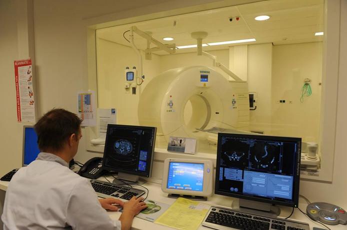 Geen 'vies' drankje meer nodig voor een CT-scan van de buik.