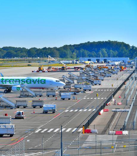 Vliegverkeer op Eindhoven Airport vanavond twee uur plat vanwege zieke bij luchtverkeersleiding Schiphol