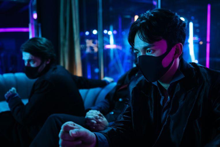 Alexander (Gijs Blom) Mason (Yen Tsao) in Dead & Beautiful. Beeld