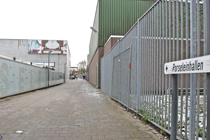 De Porseleinhallen in Wevelgem waar het vaccinatiecentrum gevestigd is.