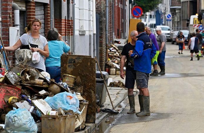 Bij de overstromingen van midden juli gingen heel wat meubels verloren.