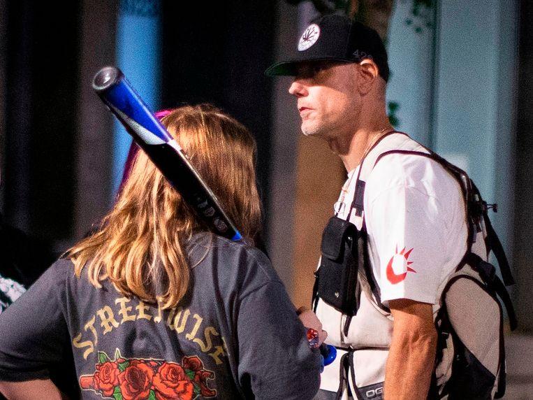 MichaelReinoehl tijdens protesten op 28 augustus in Portland.  Beeld AP