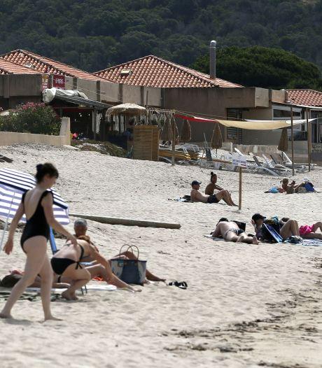 La Corse renforce ses mesures anti-Covid: les mineurs devront être accompagnés par un majeur sur l'île