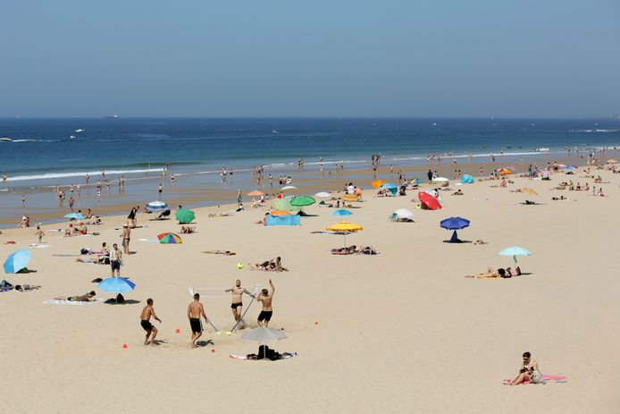 Strand vlakbij de Portugese hoofdstad Lissabon.