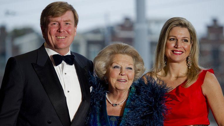 Prins Willem-Alexander, koningin Beatrix en prinses Maxima. Beeld anp