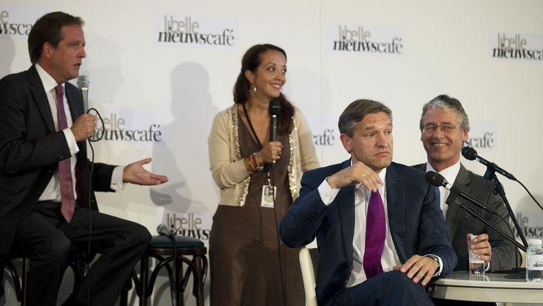 Arie Slob (rechts) met CDA-lijsttrekker Buma en D66-fractievoorzitter Pechtold tijdens het Libelle verkiezingsdebat. Beeld anp
