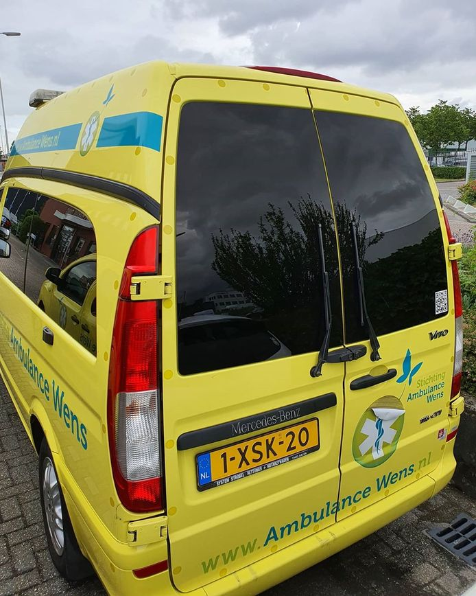 Dik 600.000 kilometer heeft-ie gereden, de oudste ambulance in het zeven voertuigen tellende wagenpark van Stichting Ambulance Wens.