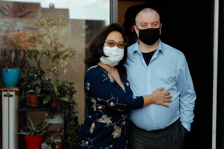 Omdat zij en anderen zich niet gehoord en gesteund voelen, richtten Ann Li en haar man Anton Delbarre een patiëntenvereniging op: post-covid.be. Beeld Damon De Backer