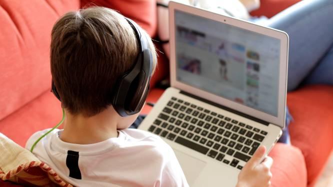 Videochatsite Omegle is razend populair bij kinderen en jongeren, maar niet altijd even onschuldig. Een pedagoog licht toe