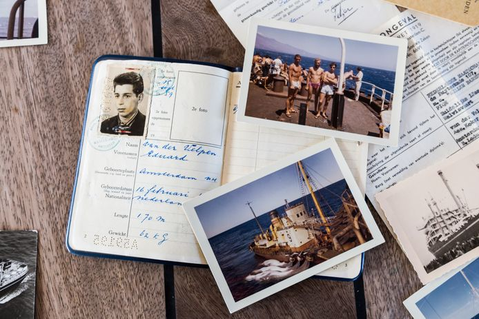 Foto's en documenten van walvisvaarder Eddy van der Velpen.