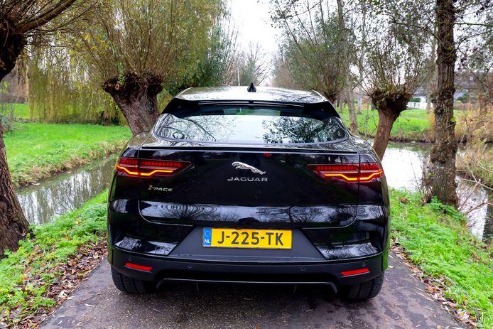 De Jaguar I-Pace is al volledig elektrisch.