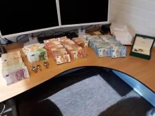 Overvallen Zwijndrechtenaar heeft 400.000 euro in huis, justitie onderzoekt herkomst