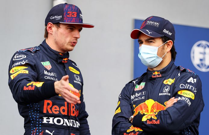 Max Verstappen en Sergio Perez.