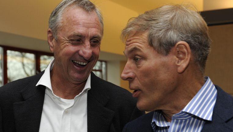 Ard Schenk (r) met Johan Cruijff. Beeld PRO SHOTS