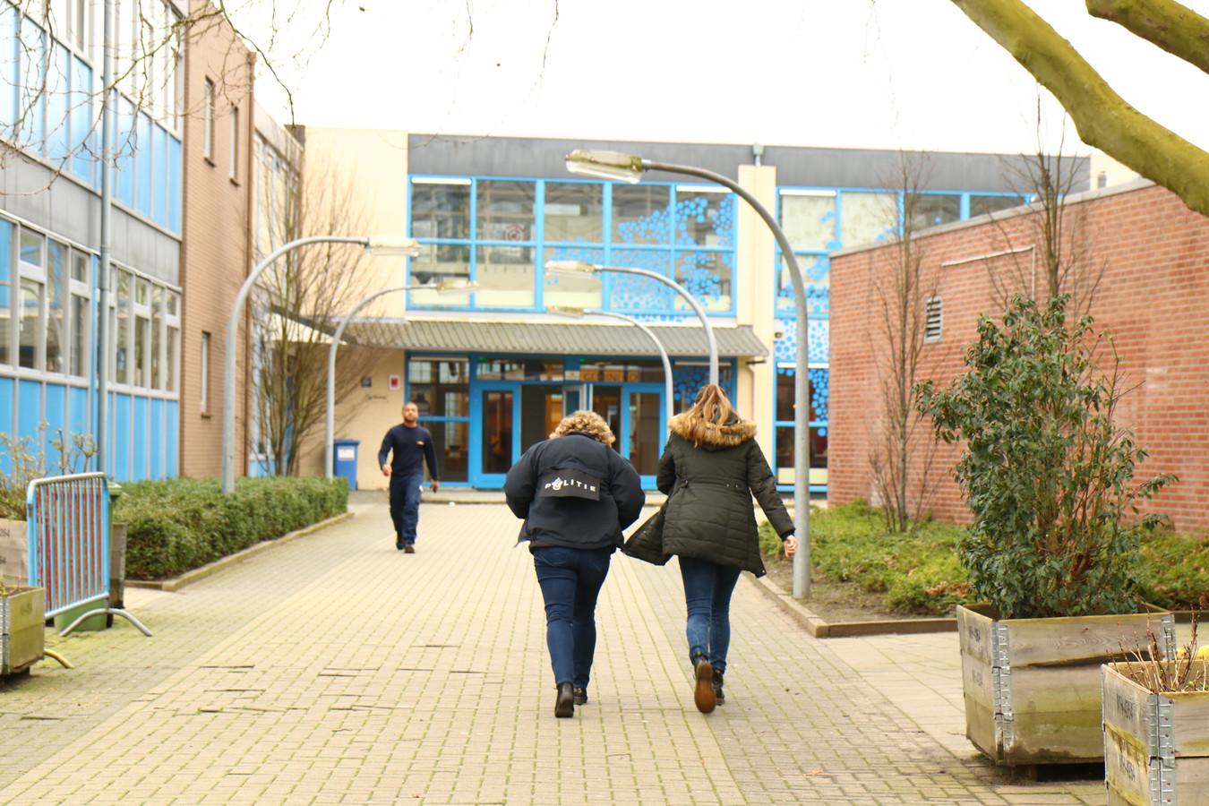 Het Gemini College staat maandag uitgebreid stil bij de steekpartij van vrijdag.