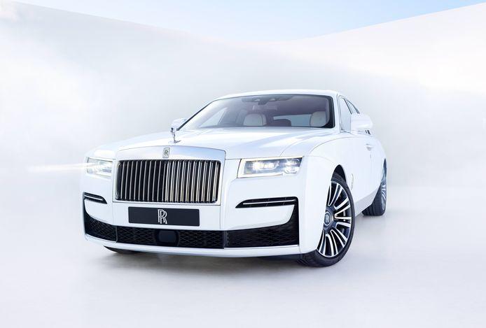 De volledig vernieuwde Rolls-Royce Ghost heb je al voor 392.488 euro.